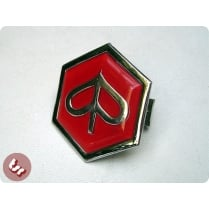 VESPA Horncast Hex Badge - Chrome Piaggio PX/T5/LML Red